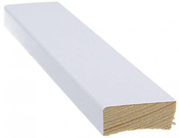 Jalkalista 12x32x3300 mm valkoinen
